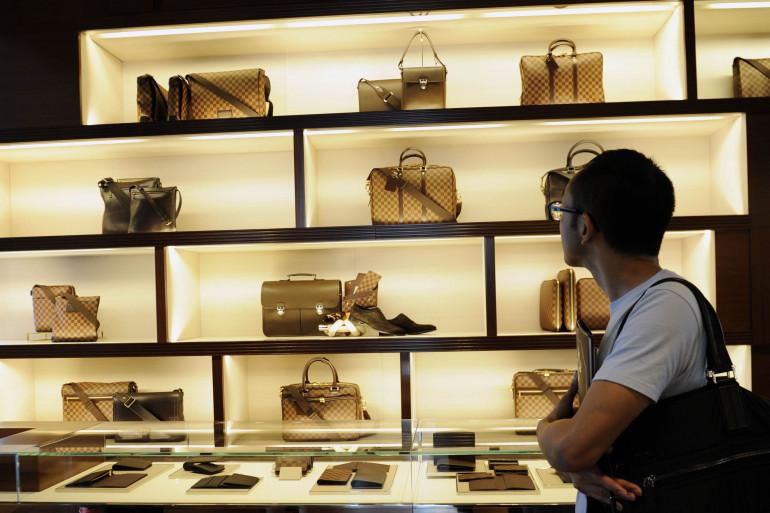 Le marché de l'occasion se développe de plus en plus grâce à la revente des produits issus de l'industrie du luxe