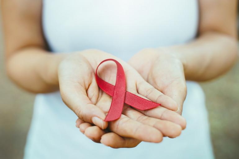 Le ruban rouge, symbole de la lutte contre le sida