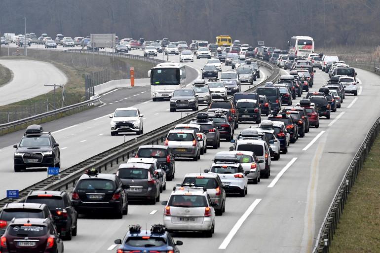 Illustration d'embouteillages sur l'A43