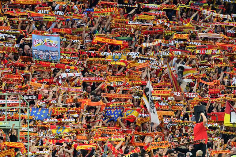 Les supporters lensois lors du match de barrage contre Dijon, le 30 mai 2019.