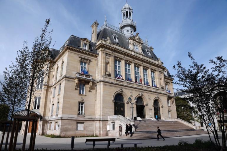 L'hôtel de ville d'Asnière-sur-Seine, dans les Hauts-de-Seine.