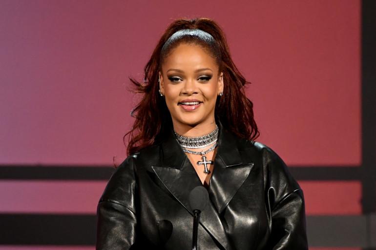 Rihanna aux BET Awards le 23 juin 2019 à Los Angeles