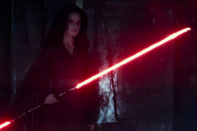 """Rey dans le nouveau teaser de """"L'Ascension de Skywalker"""""""