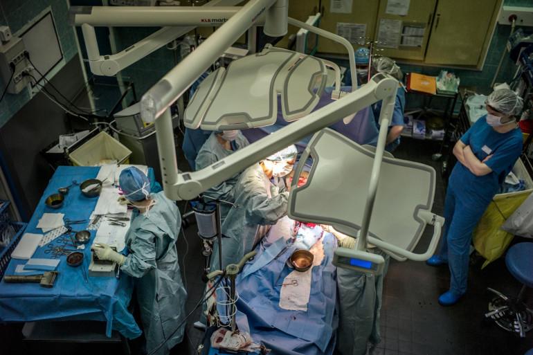 Des médecins de l'Hôpital Edouard-Herriot de Lyon sont en intervention (illustration).
