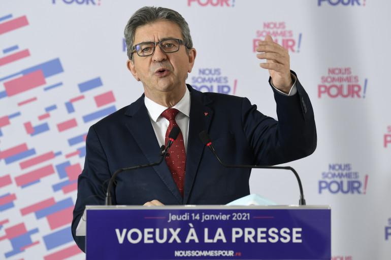 Le député et président de La France Insoumise Jean-Luc Mélenchon dans ses nouveaux locaux de campagne présidentielle, le 14 janvier 2021 à Paris
