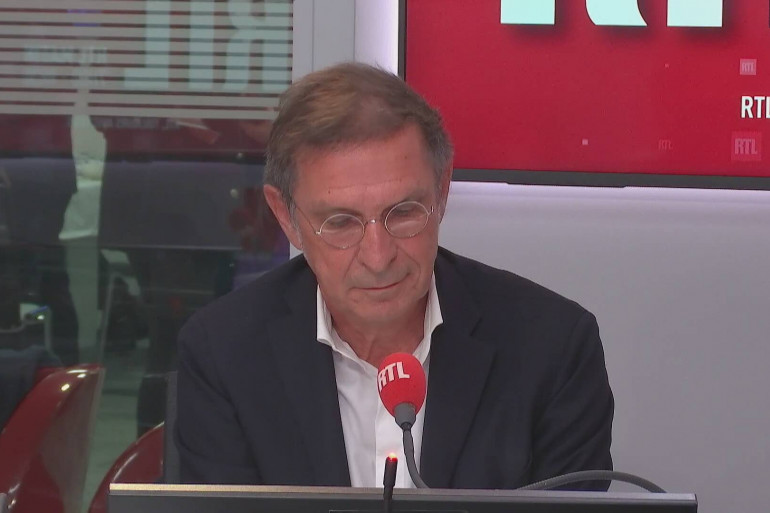 Hervé Navellou, directeur général de L'Oréal France, invité RTL le 25 janvier 2021