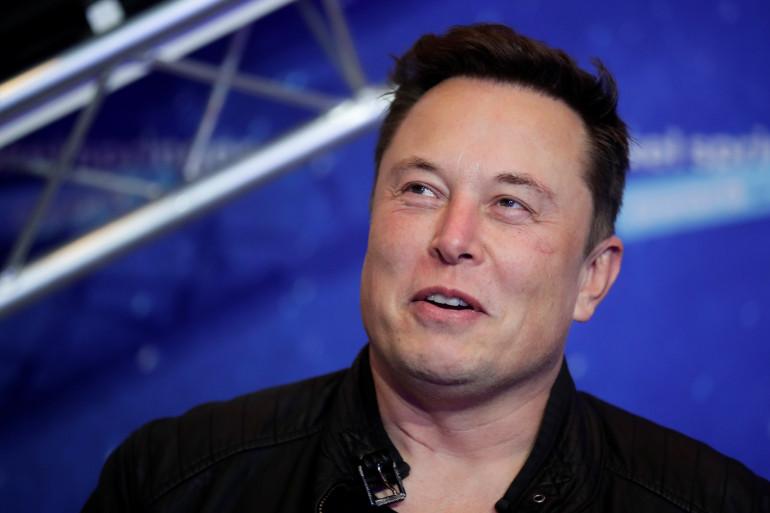 Elon Musk travaille à la conception d'une interface homme-machine via sa startup Neuralink