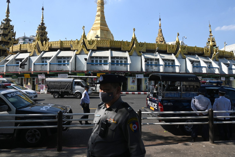 Une rue de Rangoun, le 4 février 2021