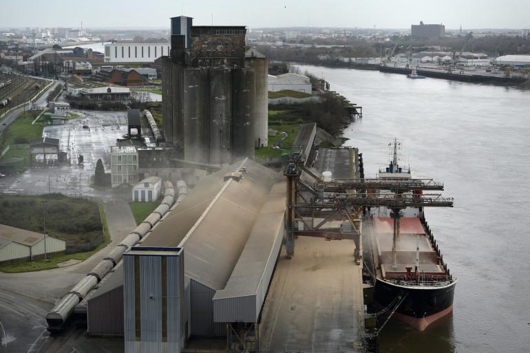 Le port de Nantes (illustration)