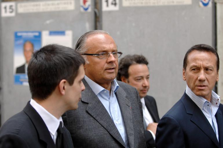Les producteurs Gérard Louvin et Daniel Moyne à Paris, en juin 2007