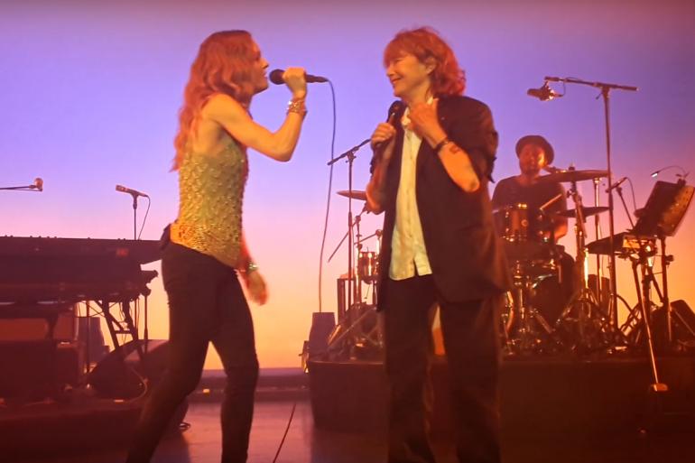 """Vanessa Paradis et Jane Birkin à l'Olympia en 2019 sur la """"Ballade de Johnny Jane"""""""
