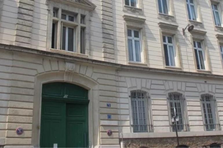 L'entrée de Saint-Jean-de-Passy, dans le XVIe arrondissement de Paris