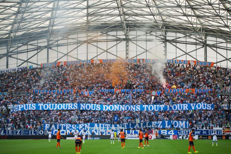 Des supporters de l'OM au Vélodrome le 17 août 2015