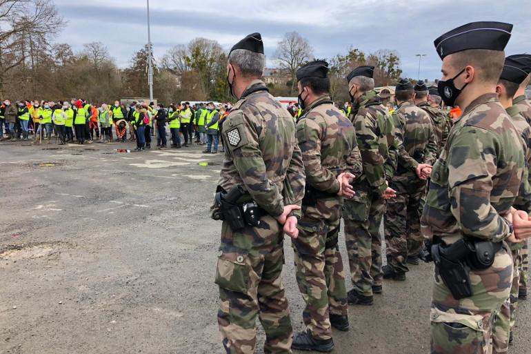 Gendarmes et volontaires sont mobilisés dans une battue, organisée ce vendredi 19 février à Monfort-sur-Meu pour retrouver Magali Blandin.