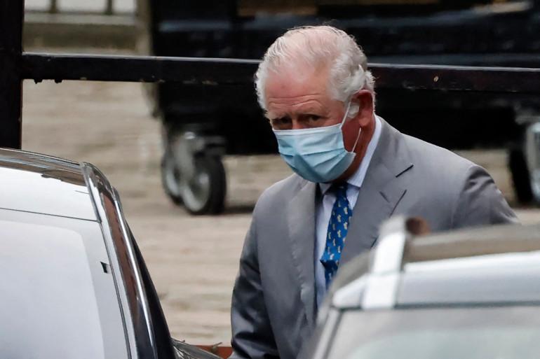 Le prince Charles s'est rendu samedi 20 février au chevet de son père, le prince Philip, hospitalisé à Londres.