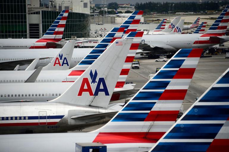 Des avions d'American Airlines sur le tarmac de l'aéroport international de Miami à Miami, Floride, le 8 juin 2015.