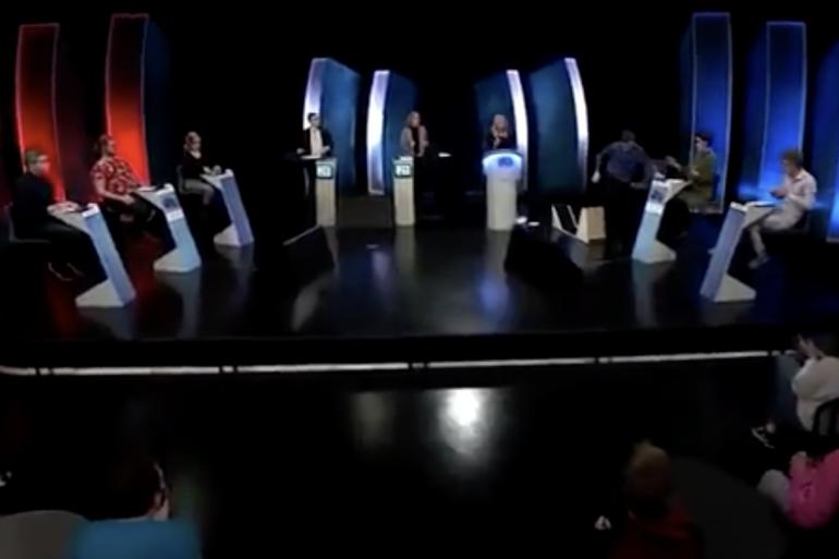 Le candidat d'un jeu TV islandais est devenu furieux en direct