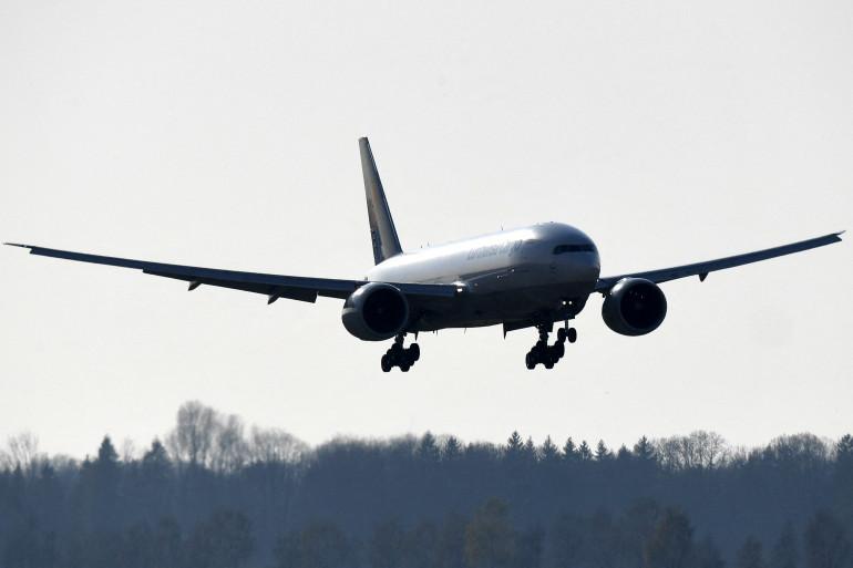 Un Boeing 777 dans le ciel de Munich (illustration)