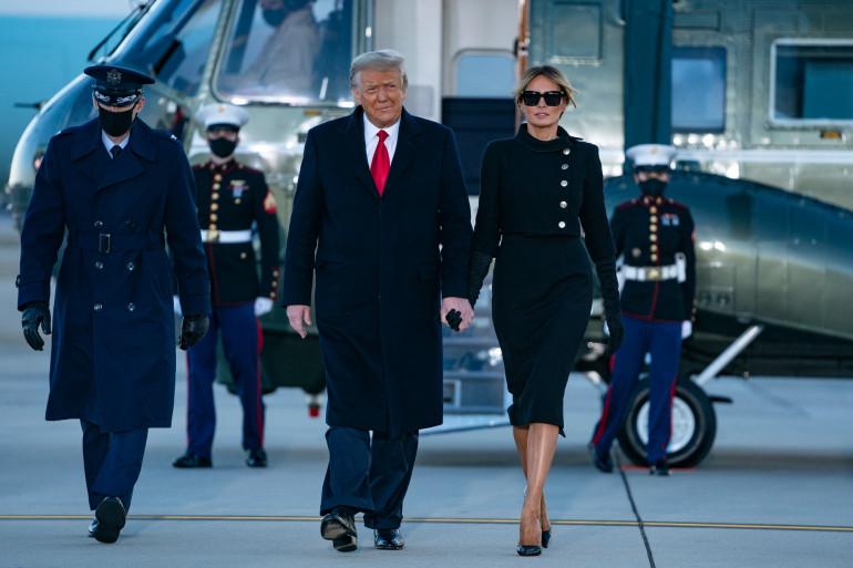 Le président américain sortant Donald Trump et son épouse Melania Trump à Joint Base Andrews dans le Maryland, le 20 janvier 2021.