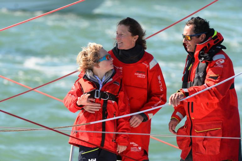 Samantha Davies, Romain Attanasio et leur fils Ruben aux Sables-d'Olonne le 26 février 2021