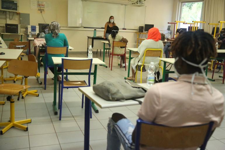 Des lycéens dans une classe (illustration)