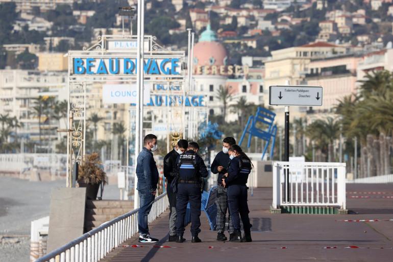 Des contrôles de police à Nice pendant un week-end de confinement, le 28 février 2021