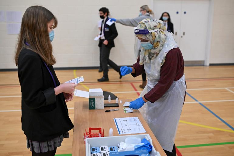 Des tests à Park Lane Academy in Halifax dans le nord-ouest de l'Angleterre