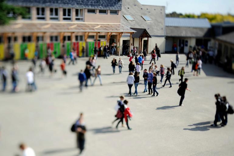 Vue générale de la cour du collège d'enseignement privé de Tinténiac, 25 km au nord de Rennes, le 23 septembre 2011.