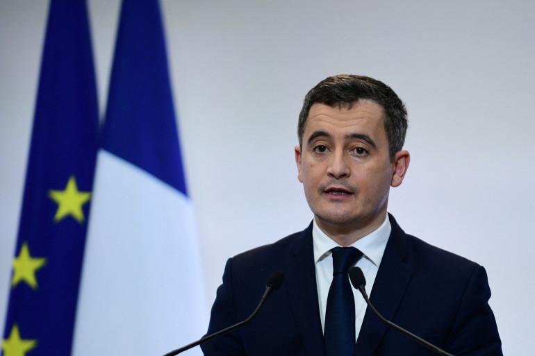 Photo de Gérald Darmanin prise le 4 février 2021 à Paris lors d'une conférence de presse sur la stratégie actuelle du gouvernement Français sur la pandémie.