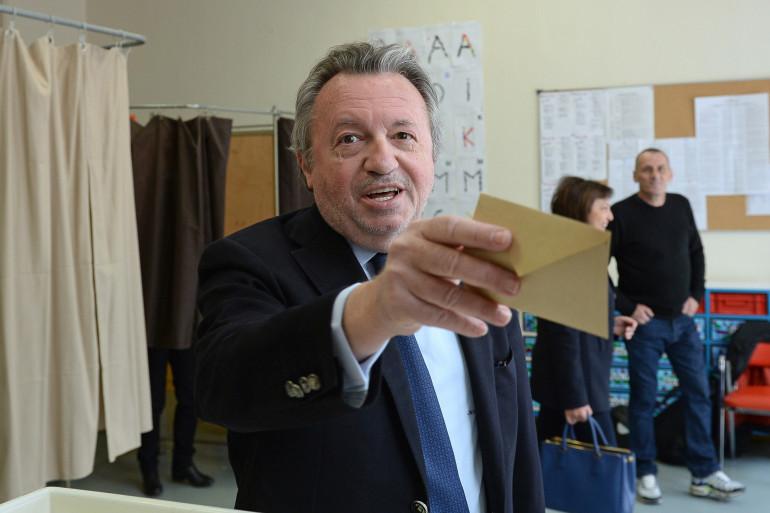 L'ex-paria du PS Jean-Noël Guérini a voté à Marseille