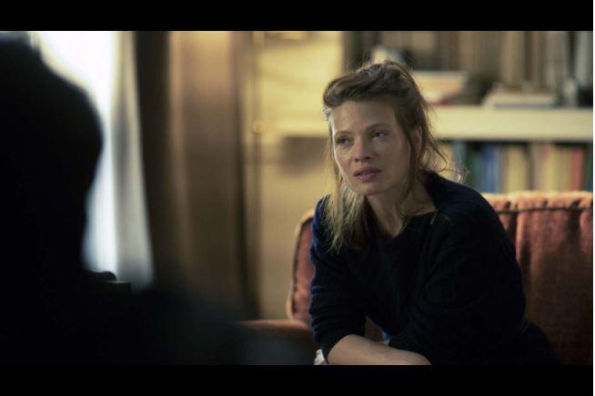 """Dans """"En Thérapie"""", le personnage d'Ariane fait un """"transfert amoureux"""" sur le Dr. Philippe Dayan."""