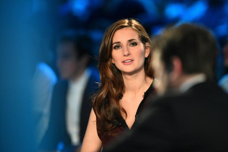 Photo de la journaliste de Canal Plus Marie Portolano pendant l'émission «Canal Football Club» le 27 mars 2016 à Paris.
