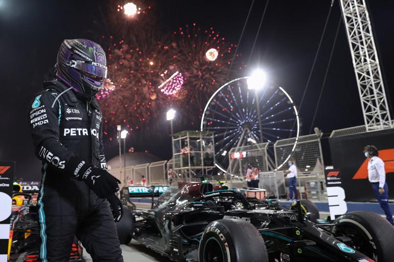 Lewis Hamilton remporte le GP de Bahreïn le 28 mars 2021