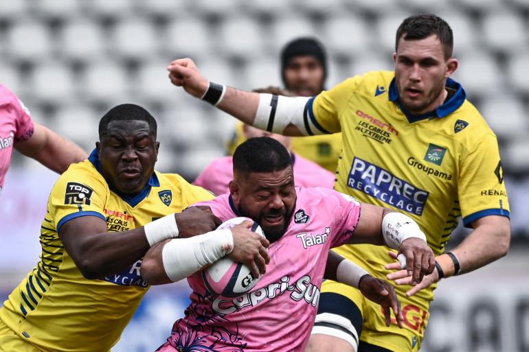 Le joueur du Stade français Silatolu Latu, lors du match contre Clermont le 27 mars 2021.