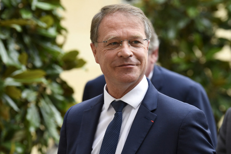 Photo de François Asselin, le président du syndicat Français de la Confédération des petites et moyennes entreprises (CPME) - Matignon à Paris, le 17 juillet 2020.