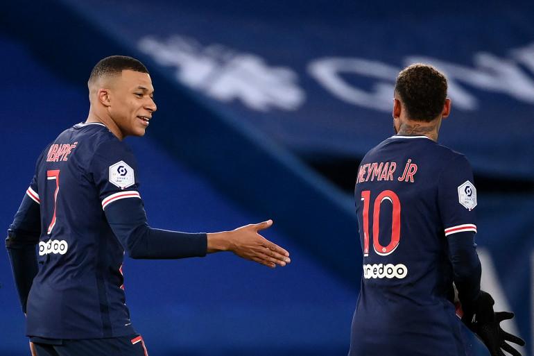 Kylian Mbappé et Neymar au Parc des Princes le 11 janvier 2021