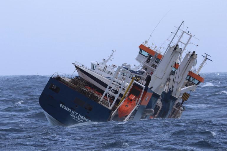 Le cargo néerlandais devrait être remorqué jeudi 8 avril