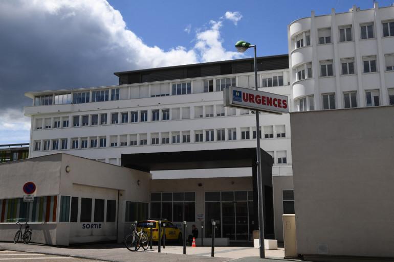 Le centre hospitalier de Roanne, dans la Loire