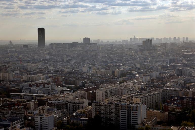 Une photo aérienne prise le 15 septembre 2020 montre les bâtiments de l'ouest de Paris. (Illustration)