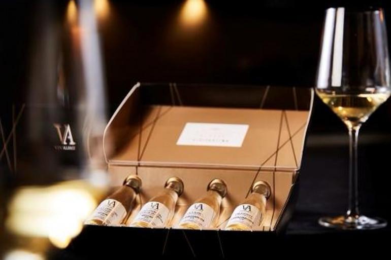 Un coffret de dégustation de vins alsaciens.