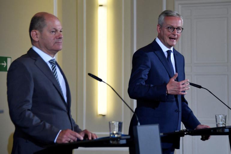 Le ministre de l'Économie Bruno Le Maire (à droite) et son homologue allemand Olaf Scholz (à gauche), le 22 juin 2020.
