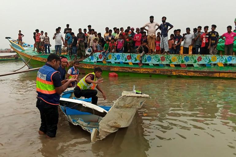 La police enquête sur le fleuve Padma pour découvrir les causes de l'accident