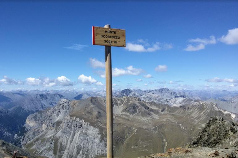 Mont Scorluzzo en Italie