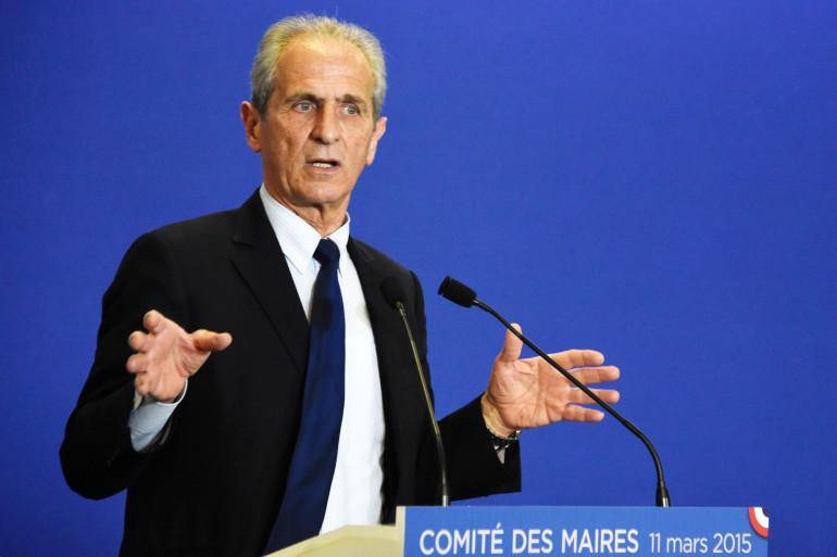 Le maire de Toulon, Hubert Falco.