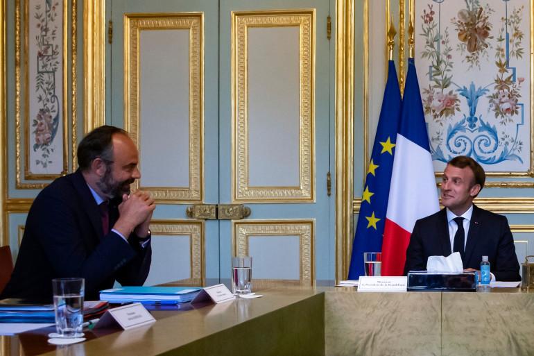 Photo d'Emmanuel Macron avec Edouard Philippe au Palais de l'Elysée, à Paris, le 2 juillet 2020.