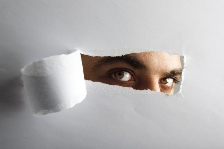 Société : sommes-nous devenus voyeurs ?