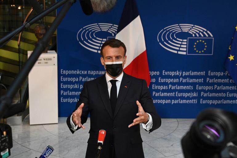 Photo d'Emmanuel Macron lors de la conférence sur l'avenir de l'Europe au Parlement européen à Strasbourg, le 9 mai 2021.