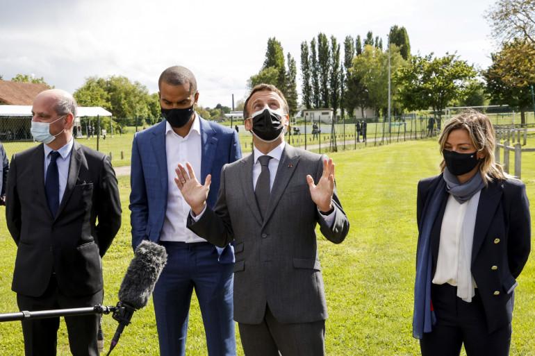 Emmanuel Macron présentant le pass sport le 20 mai 2021