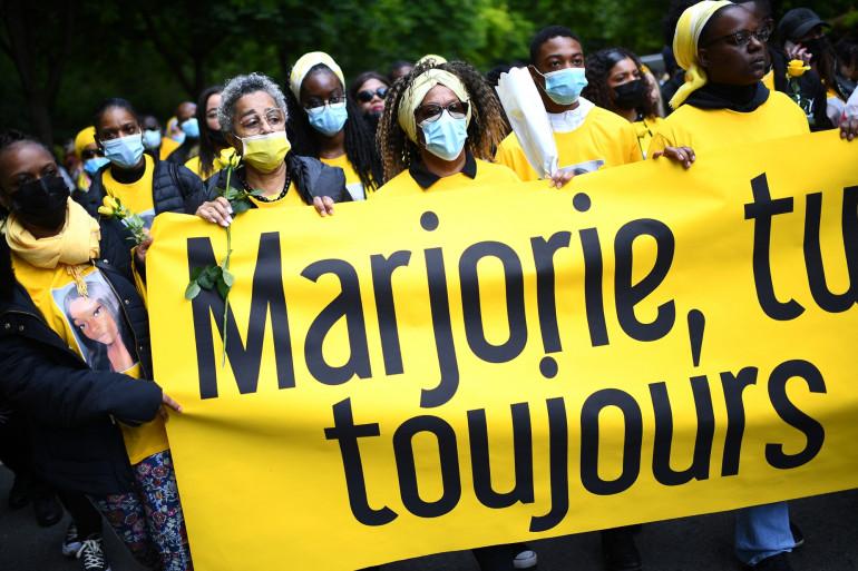 À Ivry-sur-Seine, des milliers de personnes ont rendu hommage à Marjorie, adolescente poignardée le 14 mai 2021