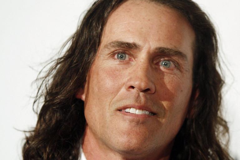 Joe Lara est présumé mort dans un crash d'avion le 29 mai 2021 dans le Tennessee
